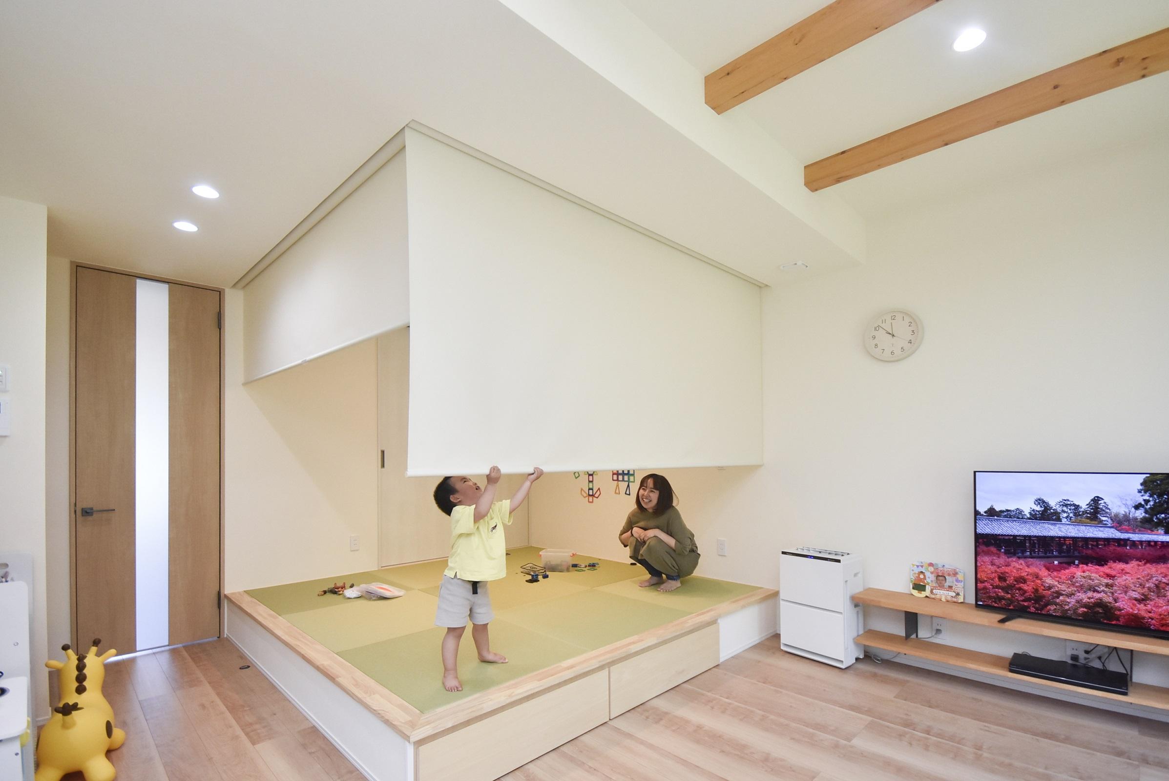 高台に建つ和モダンな家